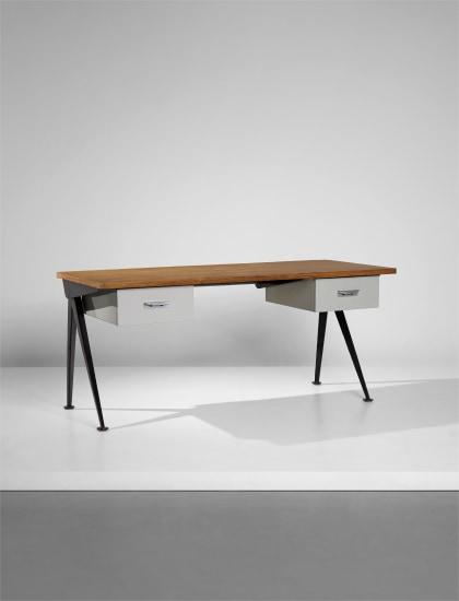'Compas' desk