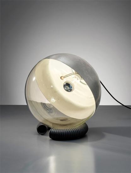 Rare table lamp, model no. 598