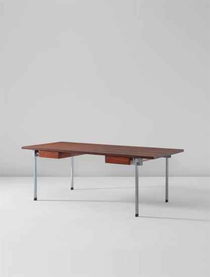 Desk, model no. AT 325