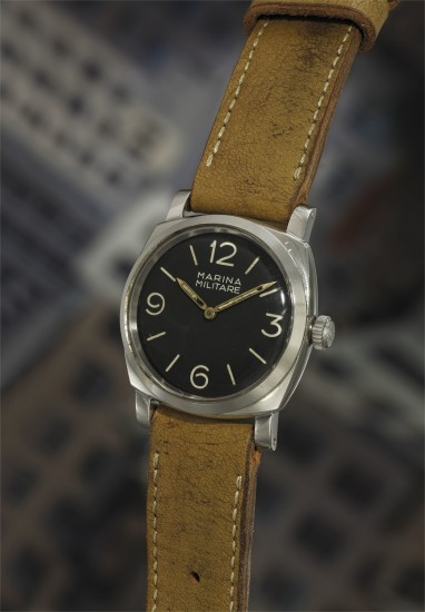 A very rare, oversized, and attractive stainless steel diver's wristwatch with black dial made for the Italian Navy.