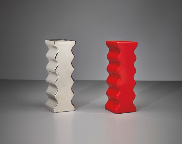 Two vases, model no. 629, from the 'Onde' series