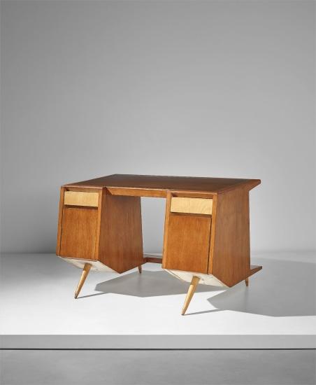 'Lady's desk'