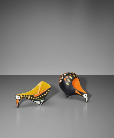 Two bird figures