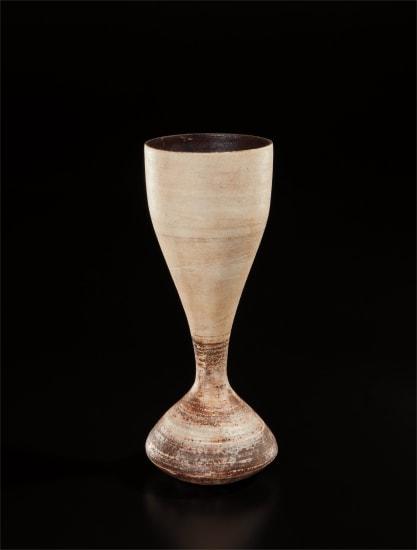 """Hourglass"" form"