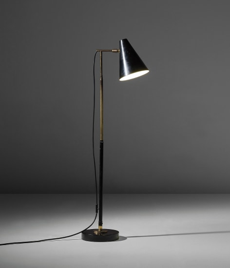Adjustable standard lamp