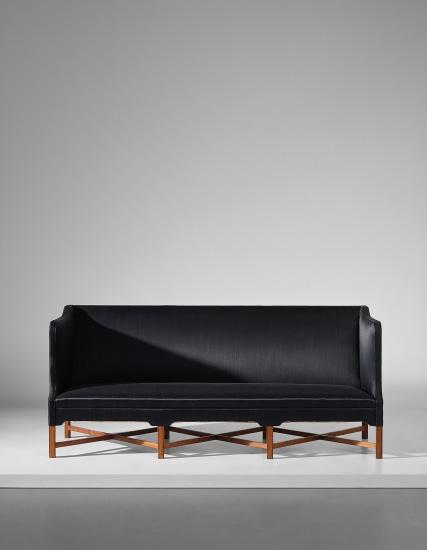 Three-seater box-shaped sofa, model no. 4118