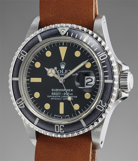 An attractive and well preserved stainless steel diver's wristwatch with center seconds and date