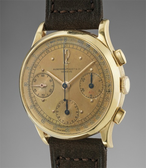 A very fine, rare and attractive yellow gold chronograph wristwatch with green gold dial