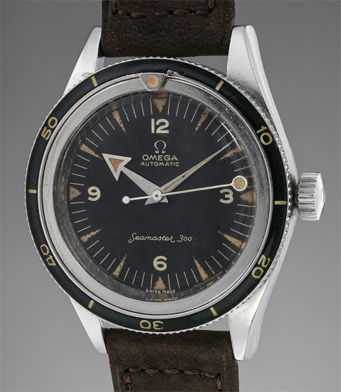 """A highly rare stainless steel wristwatch with center seconds, rotating bezel and """"lollipop"""" hand, made for the Peruvian Air Force"""