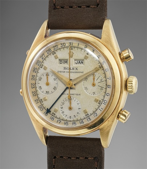 A fine, important and very rare yellow gold chronograph wristwatch with triple calendar