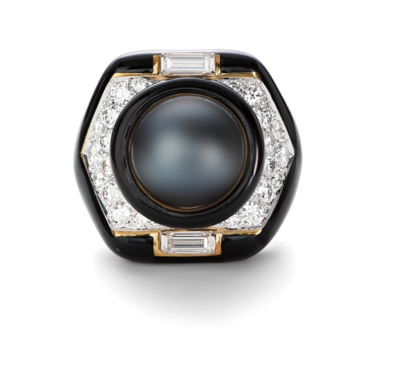 A Cultured Pearl, Diamond, Onyx and Gold Ring