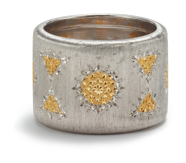 A Silver and Gold 'Prestigio' Ring