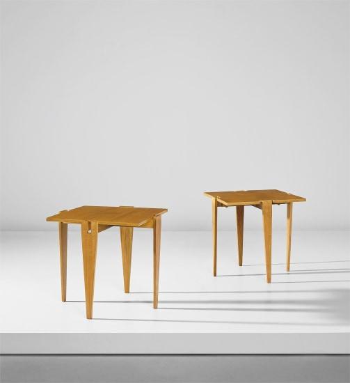 Pair of modular tables