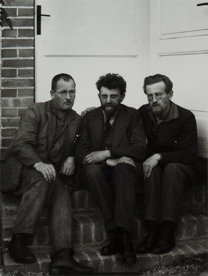 Revolutionäre (Revolutionaries)