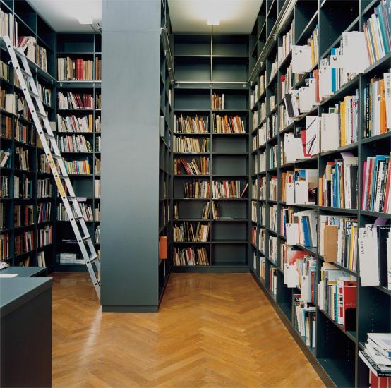 Bibliothek der Kunsthalle Basel I