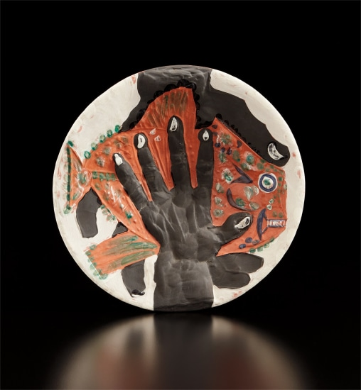 Hands with fish (Mains au poisson)