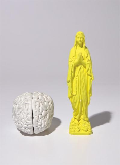 Madonnenfigur (Madonna Figure); and Gehirn (Brain)