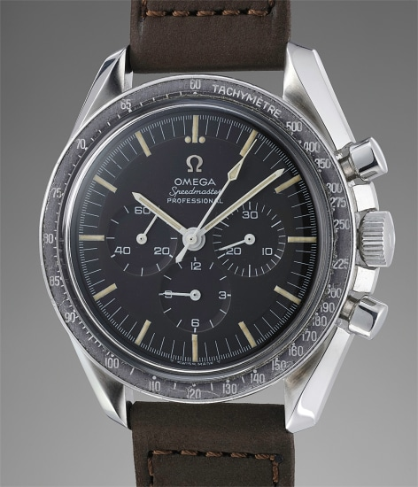 """An extremely rare, attractive and well-preserved stainless steel chronograph with chestnut """"tropical"""" dial"""