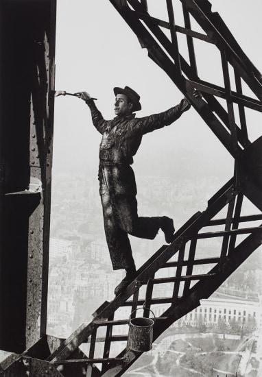 The Painter of the Eiffel Tower, Paris, France