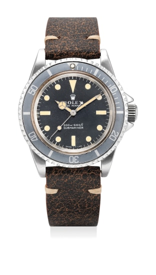 A fine stainless steel diver's wristwatch with sweep center seconds and ghost bezel