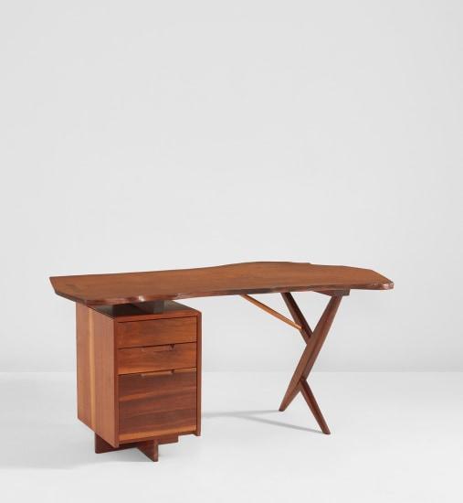 'Conoid' desk
