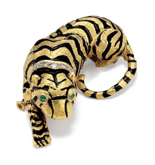 An Enamel, Diamond, Emerald and Gold Brooch