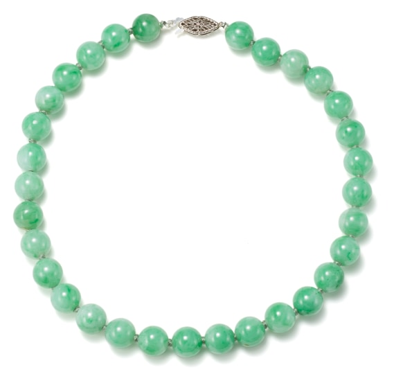 A Jade and Gold Necklace