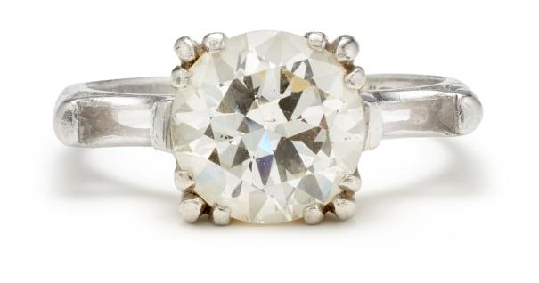A Diamond and Platinum Semi-Mount