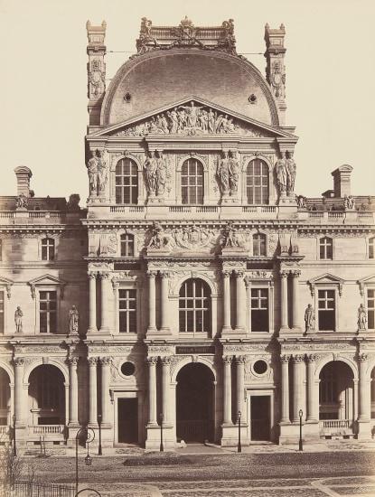 Au Louvre, Pavillon Richelieu, Paris