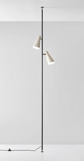 Adjustable floor to ceiling lamp