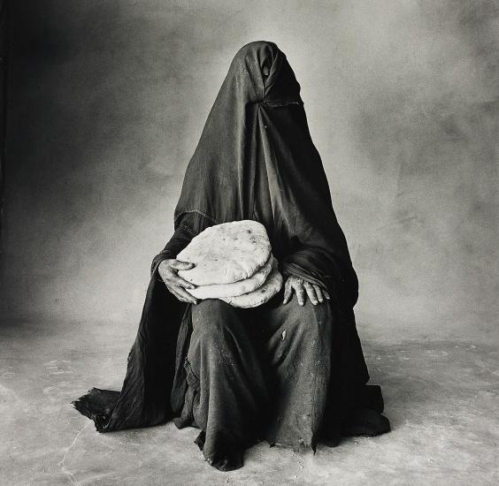 Woman with three loaves, Morocco (B)