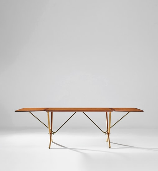 Drop-leaf dining table, model no. AT304