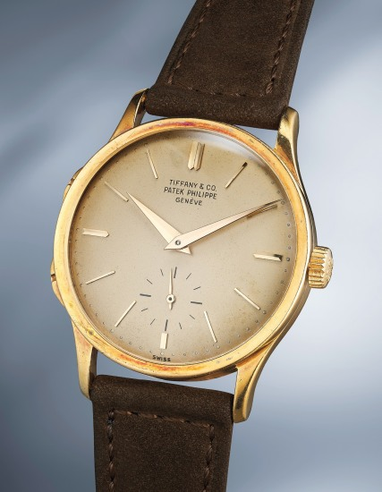 A extremely rare and well-preserved yellow gold traveller's wristwatch with separately adjustable hour hand