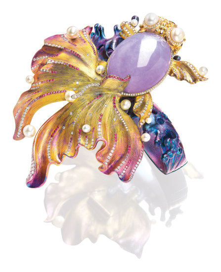 A Lavender Jadeite, Cultured Pearl, Ruby and Diamond 'Goldfish' Pendant/Brooch/Bangle