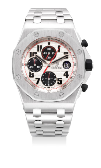 A fine and attractive stainless steel chronograph wristwatch with date, bracelet, guarantee and presentation box