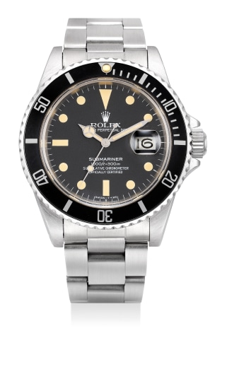 An attractive and rare stainless steel diver's wristwatch with bracelet, date and sweep center seconds