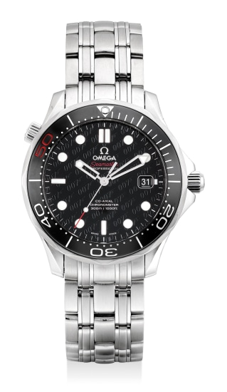 A fine and attractive limited edition stainless steel diver's wristwatch with date, gas escape valve, bracelet guarantee and presentation box, numbered 03689 out of a limited edition of 11007 pieces
