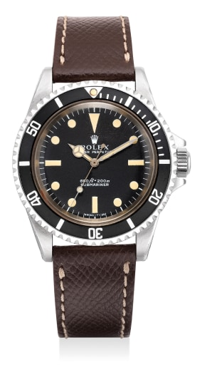 A fine and attractive stainless steel diver's with centre seconds wristwatch