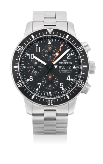 A fine stainless steel chronograph wristwatch with day, date and bracelet