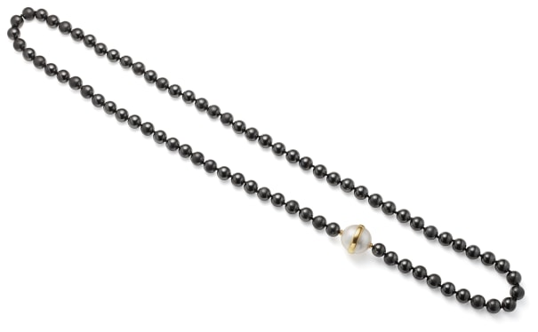 A Hematite, Mabé Pearl and Gold Necklace