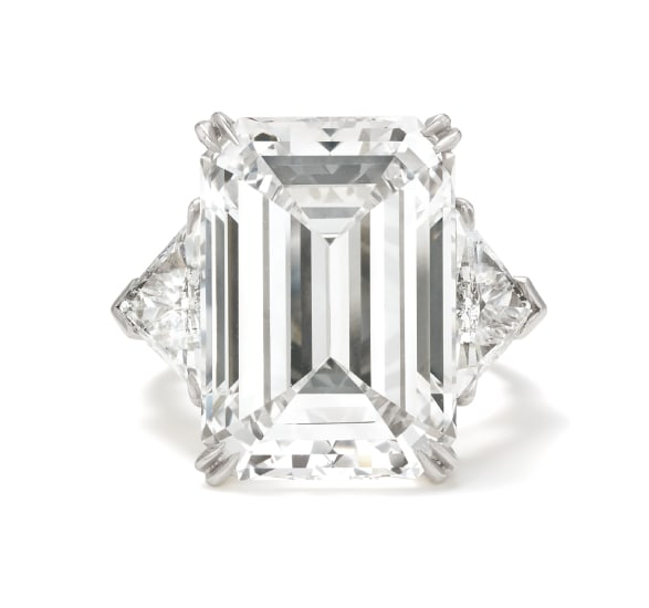 An Important Diamond and Platinum Ring