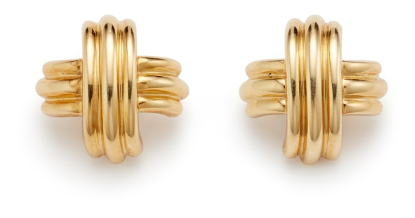 A Pair of Gold 'X' Earrings