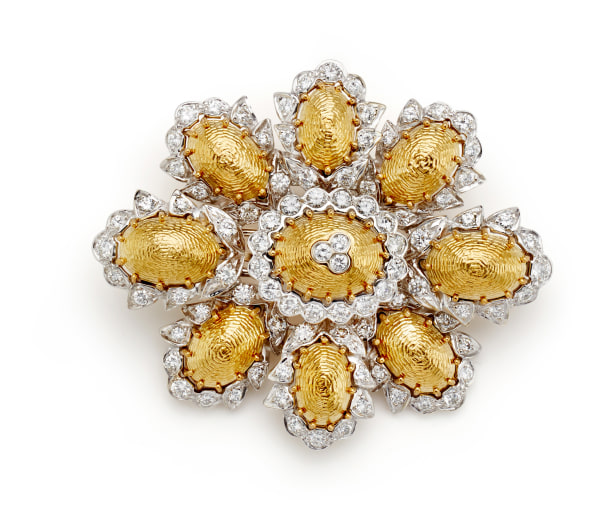 A Diamond and Gold Brooch/Pendant
