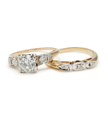 A Set of Diamond and Gold Rings