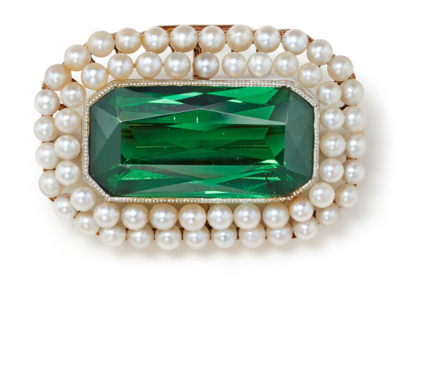 A Tourmaline, Seed Pearl and Gold Brooch