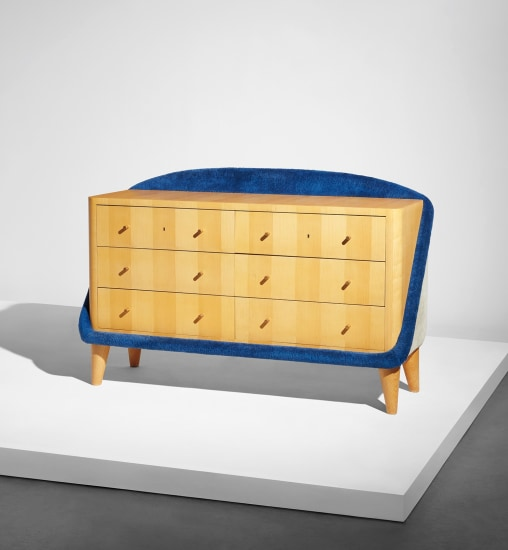 "Rare ""Œuf"" chest of drawers"