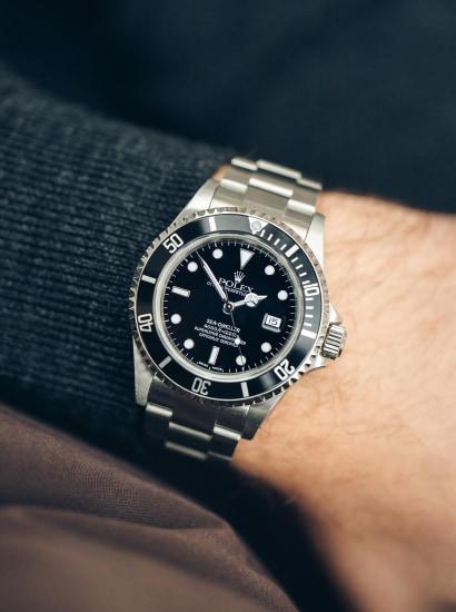 Rolex 16600 Sea-Dweller, Box and full accessories.