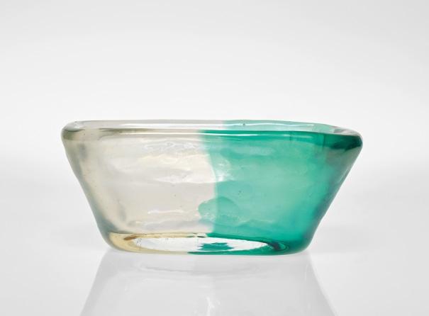 Rare vase, from the 'Bicolore a incalmo' series