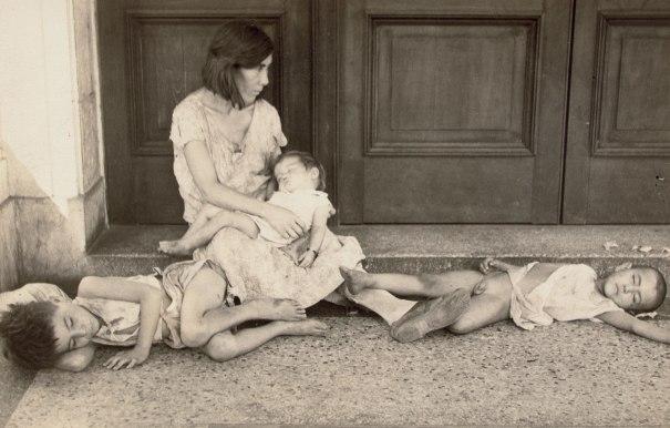 Woman and Children, Havana