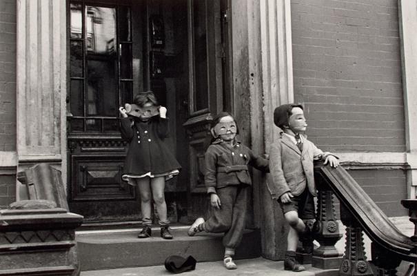 N.Y. (masked children on stoop)